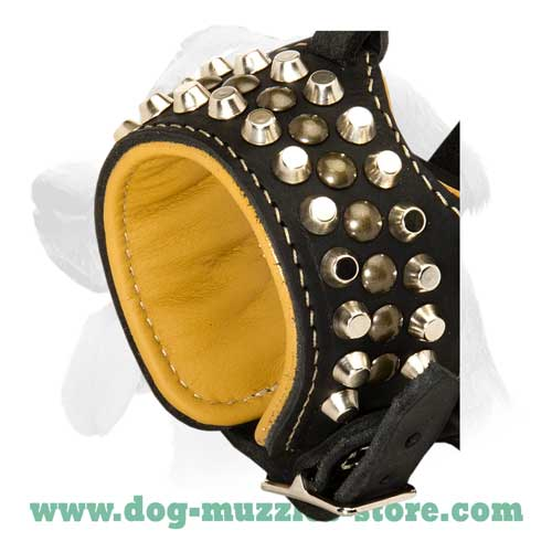 No-bite leather dog muzzle